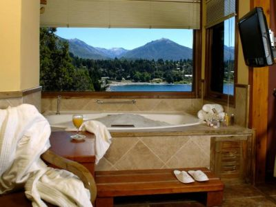 Charming Luxury Lodge & Spa