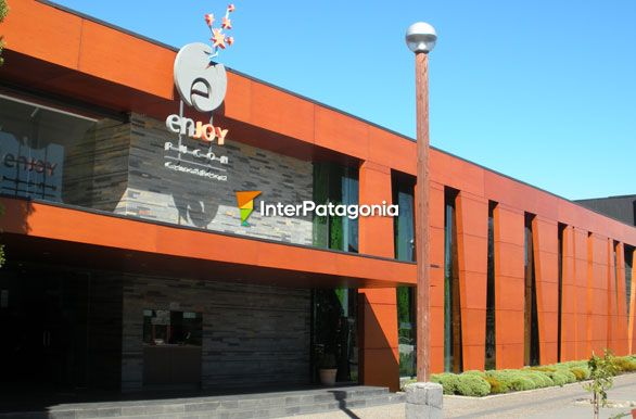 Enjoy Puc�n - Casinos de la Patagonia,