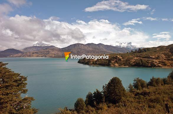 Panorámica - Chile Chico / Lago G. Carrera