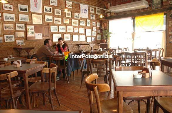 Fotos de general roca bares y confiterias for Sillas para bares y confiterias