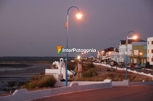 Costanera de noche - Las Grutas / San Antonio Oeste, Autor: Jorge ... Sanantonio