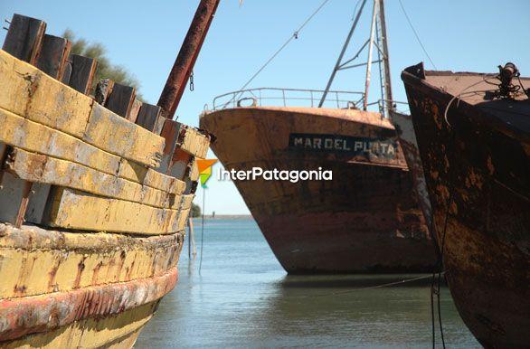 Barcos viejos - Las Grutas / San Antonio Oeste, Autor: Jorge González