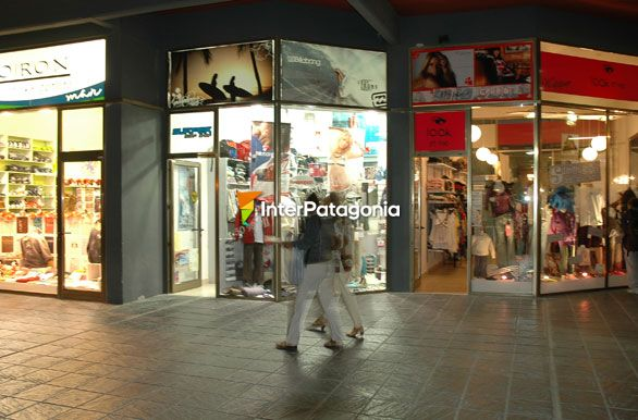 Centro comercial - Las Grutas / San Antonio Oeste, Autor: Jorge ...