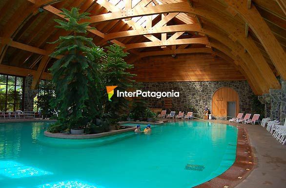 Fotos de osorno piscina climatizada del hotel spa puyehue for Hoteles en benidorm con piscina climatizada