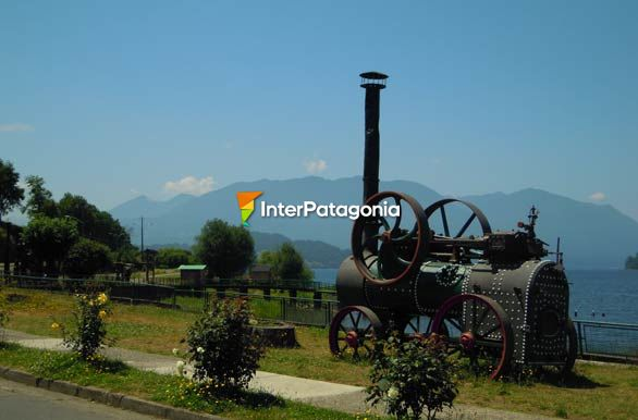 Antiguo Locomovil, costanera Panguipulli - Panguipulli