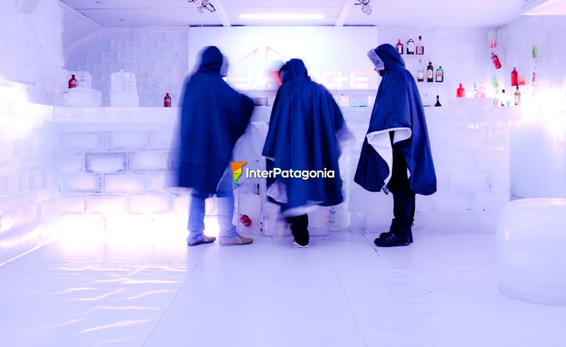 Feel the ice bar