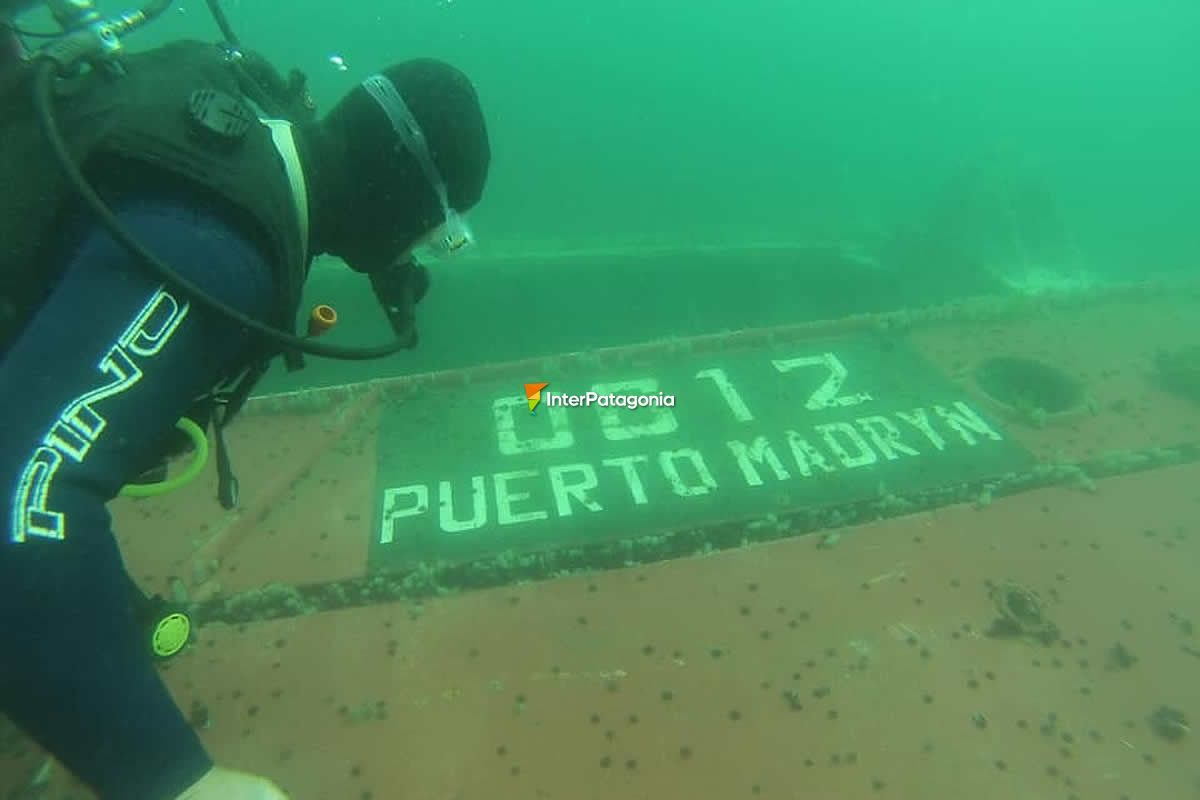 Wreck diving in Puerto Madryn