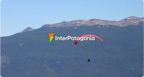 Paragliding at Mount Piltriquitrón in El Bolsón