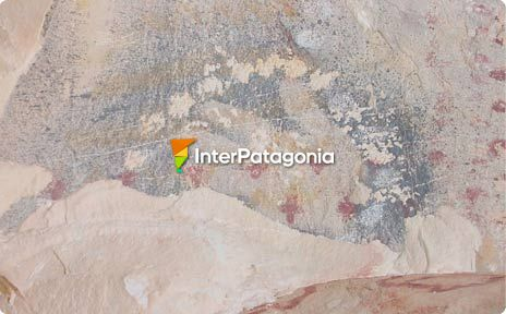 Cave paintings in Sarmiento