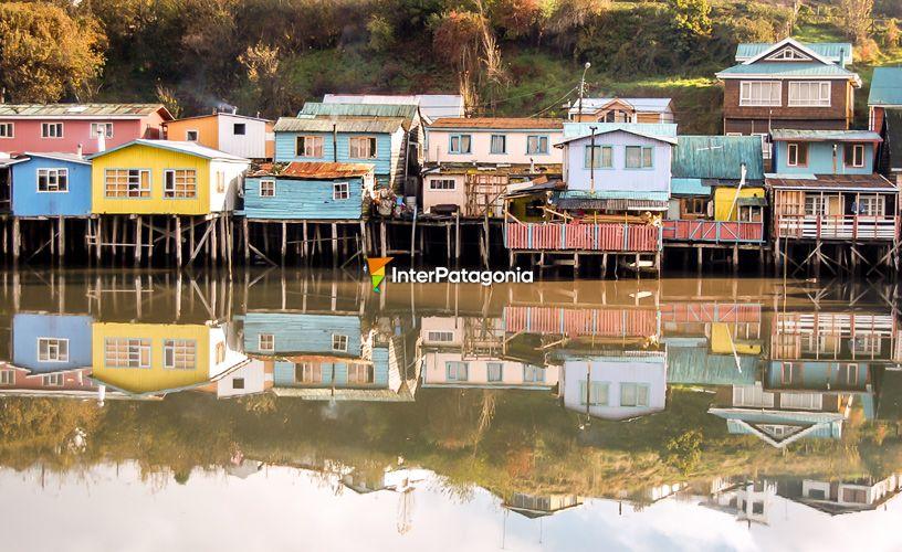 Palafitos En La Isla De Chiloe