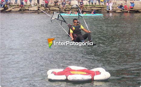 Skydiving and Accuracy Water Landing - Valdivia