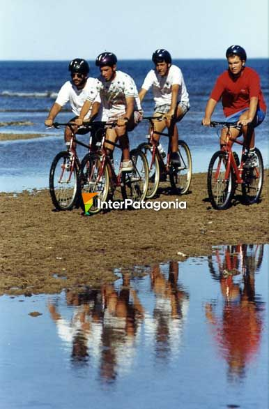 Mountain bike por la playa - Rawson,