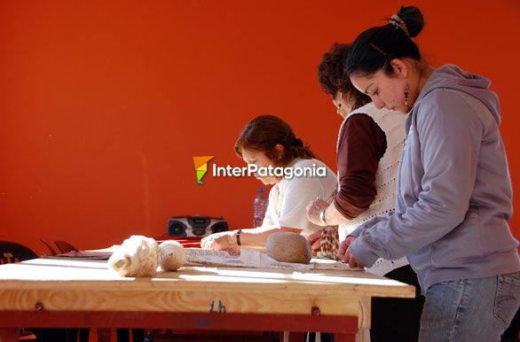 Craftswomen at the House of Culture - Río Mayo