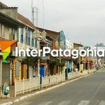 Colorida calle de Carahu�