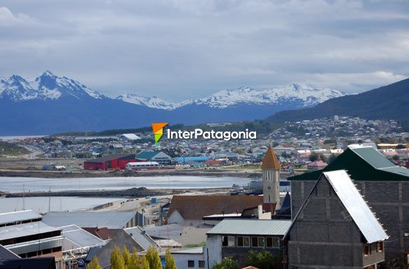 Martial Mountain Range - Ushuaia,