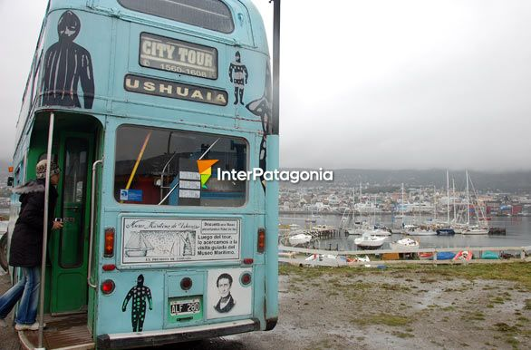 Double-decker city tour around Ushuaia - Ushuaia,